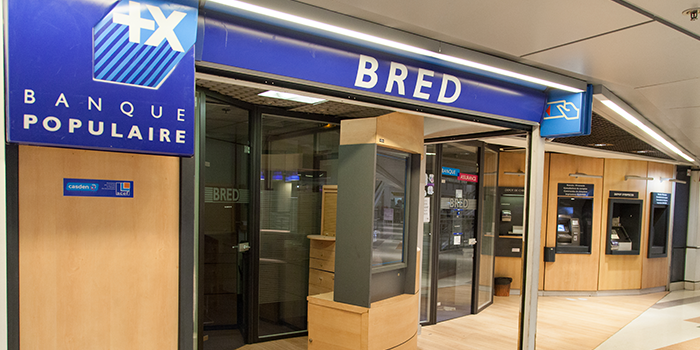 banque bred centre commercial bercy 2