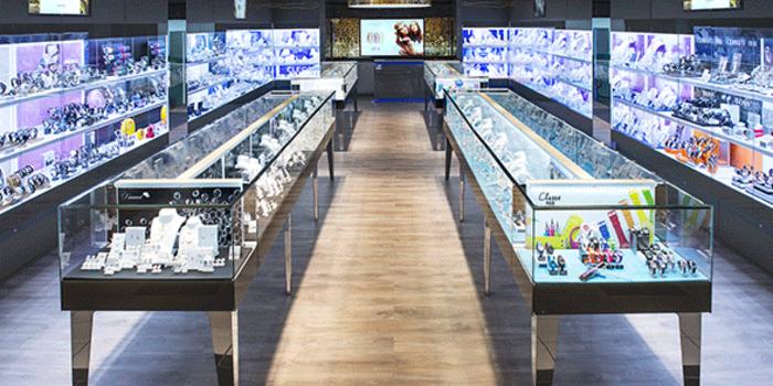 cleor horlogerie bijouterie centre commercial grand quetigny dijon